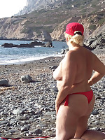 Fat nudist moms and grannies sunbathing nude on beach - Chubby Naturists