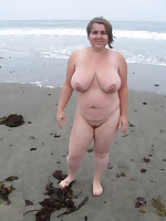 Busty mature ladies posing naked outdoors - Chubby Naturists