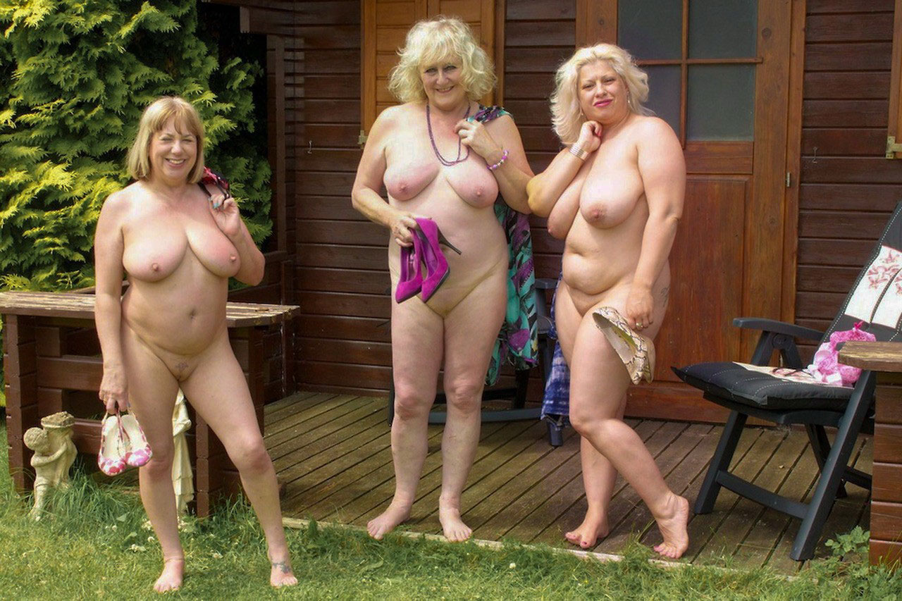 nudist ladies